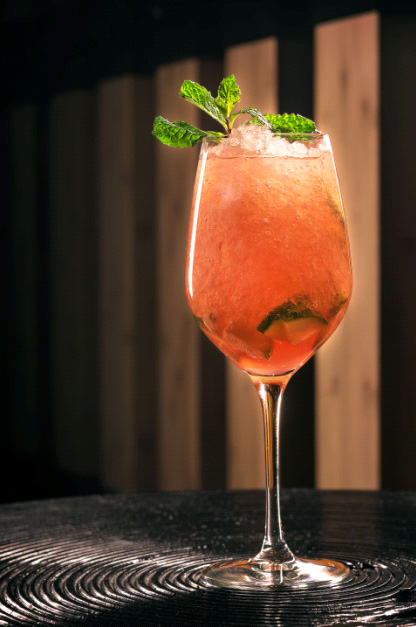 AkiraBackPimmsRoyale_Yellowtail Sunset
